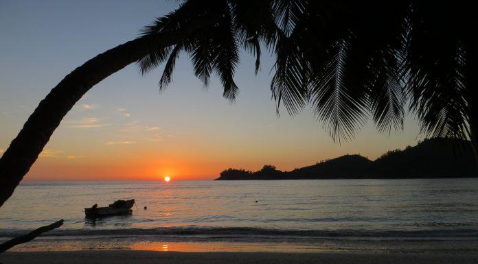 Baie Lazare Sunset