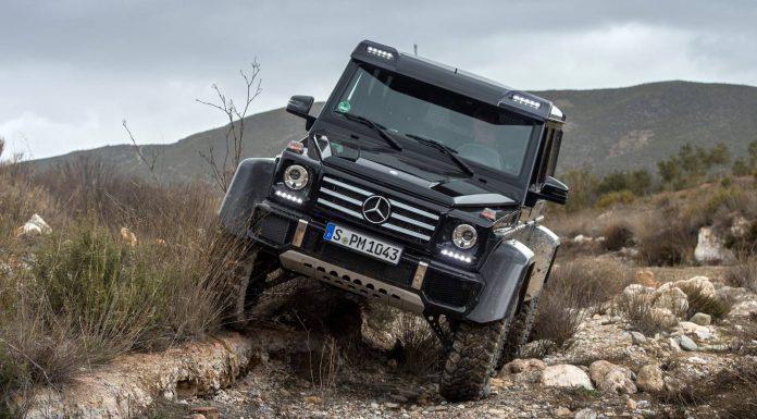 Mercedes-Benz G500 4x4 off road