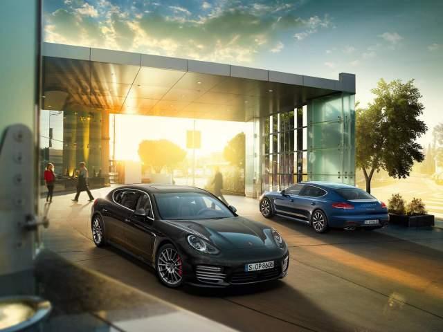 Porsche Panamera (4)