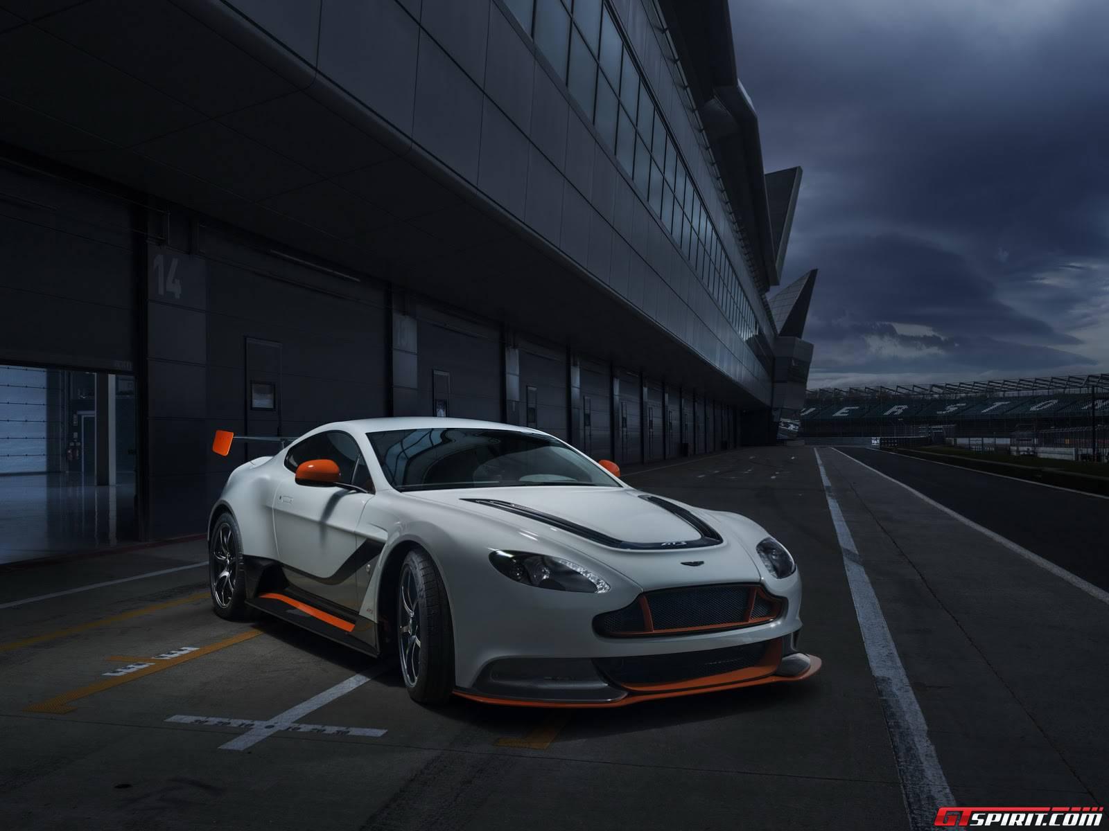 Official: 2015 Aston Martin Vantage GT3
