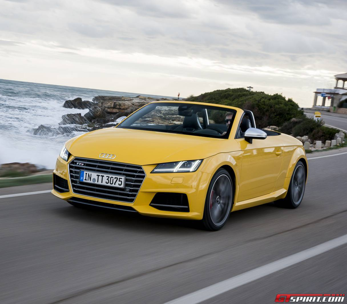 2016 audi tt roadster review gtspirit. Black Bedroom Furniture Sets. Home Design Ideas