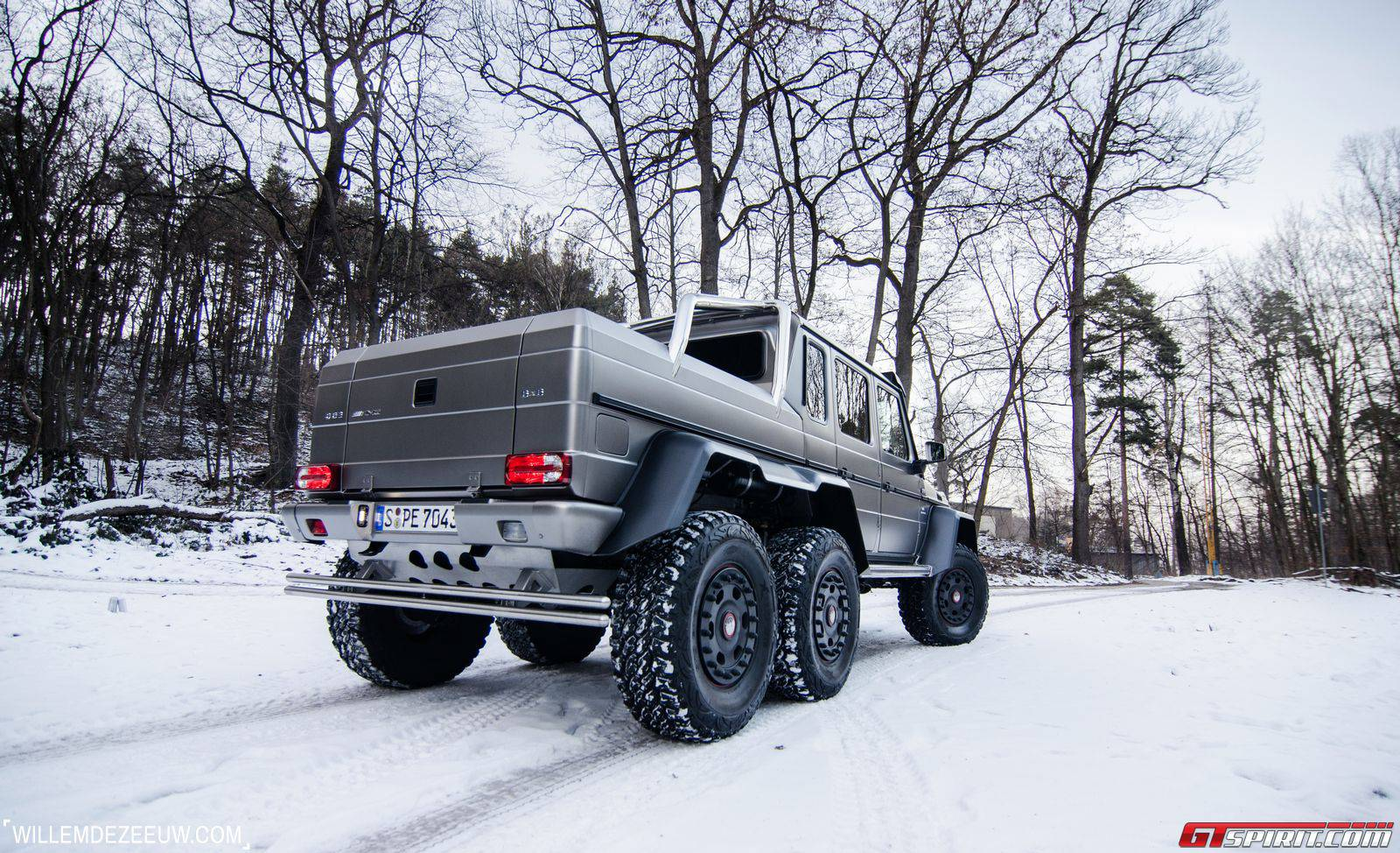 Mercedes benz g63 amg 6x6 winter wonderland photoshoot for Mercedes benz g63 6x6 amg