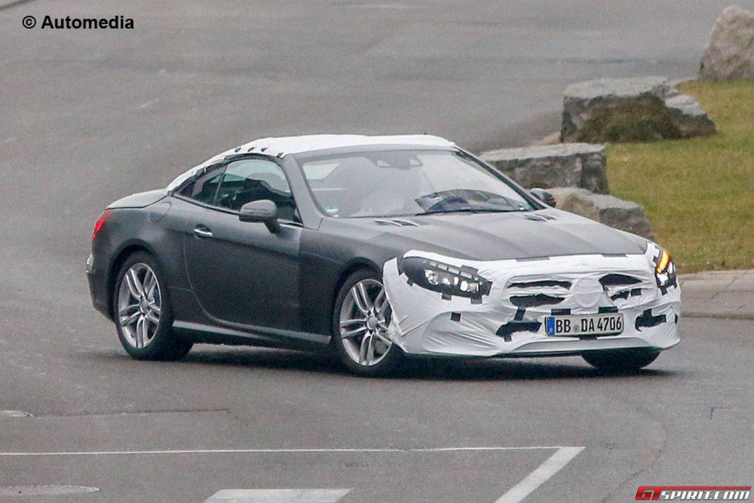 Spy Shots of the Mercedes-Benz SL Facelift Emerge