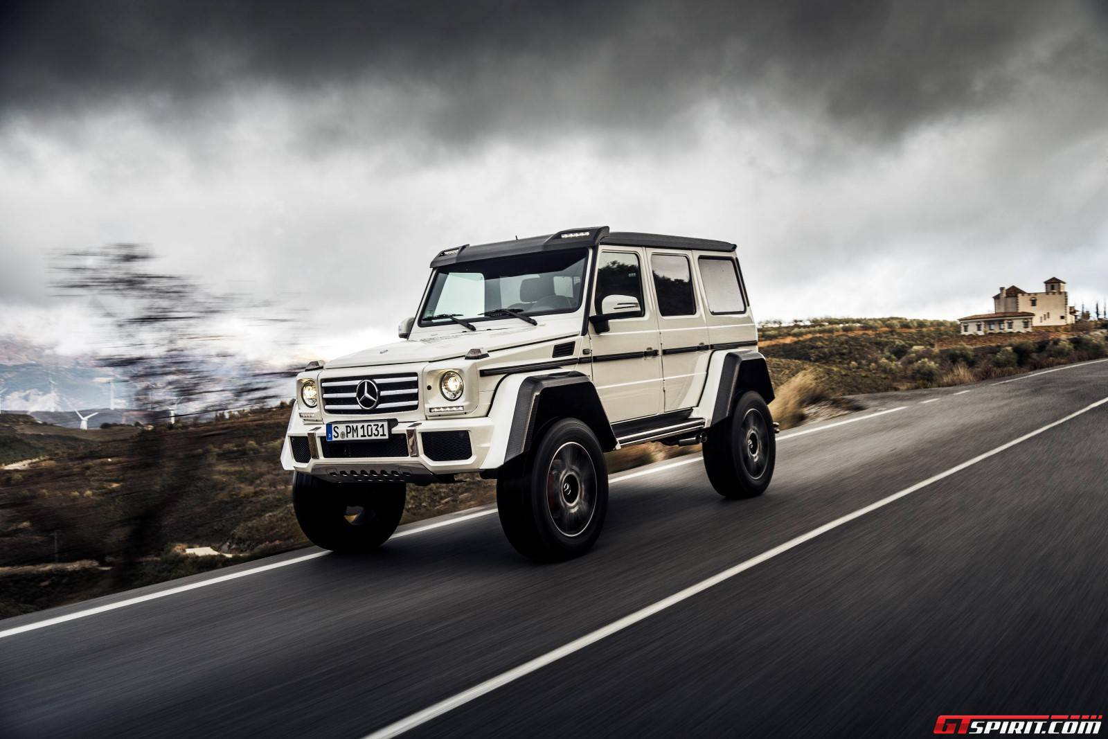 exclusive mercedes benz g500 4x4 review gtspirit. Black Bedroom Furniture Sets. Home Design Ideas