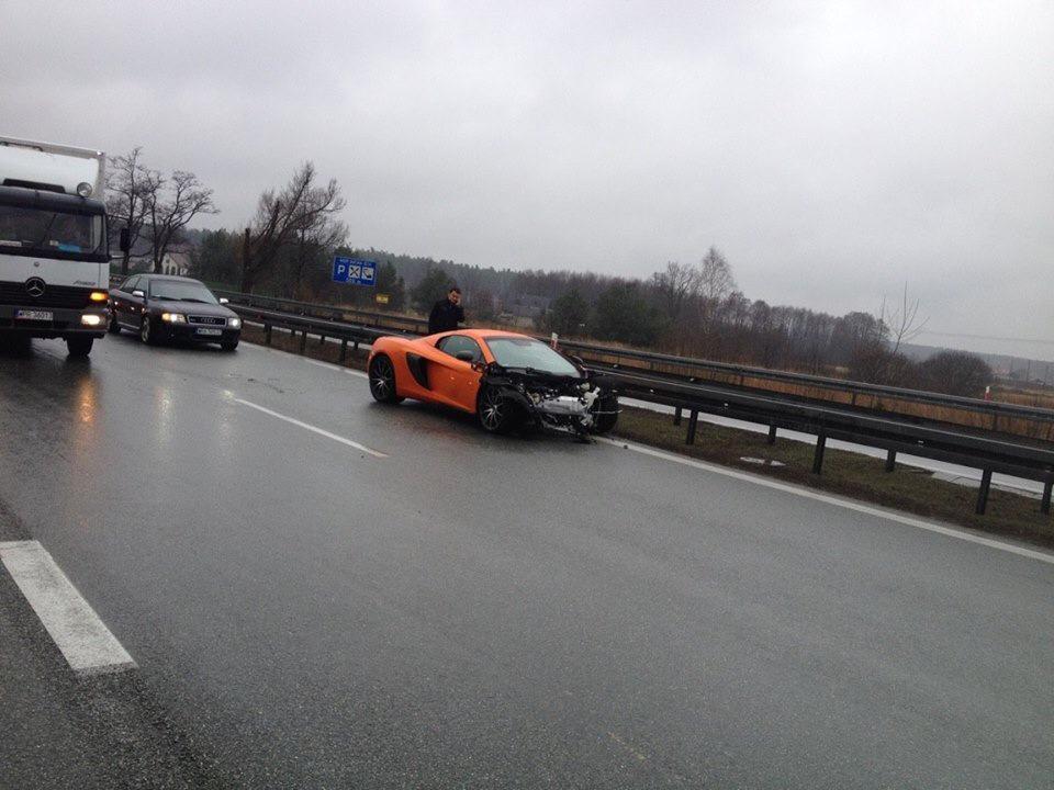 Orange McLaren 650S Crashes in Poland