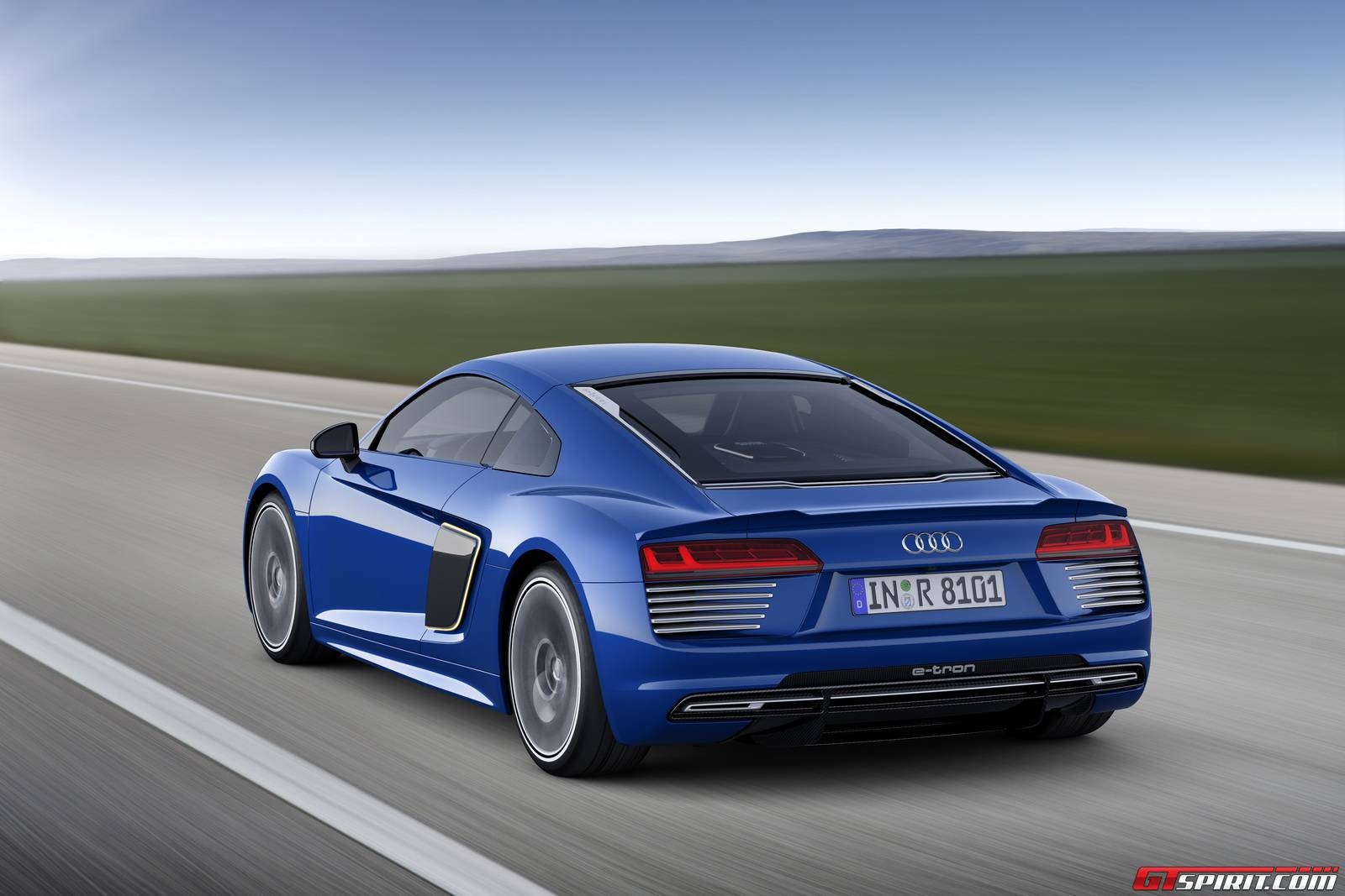 2016 audi r8 e tron revealed in full gtspirit. Black Bedroom Furniture Sets. Home Design Ideas