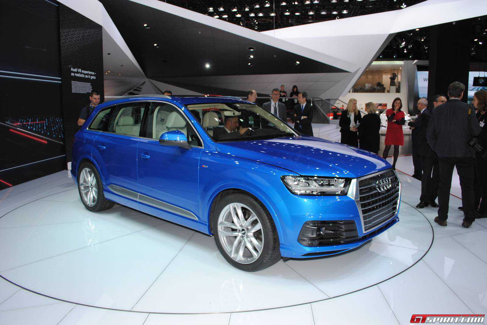 2015 audi q7 priced across europe gtspirit. Black Bedroom Furniture Sets. Home Design Ideas