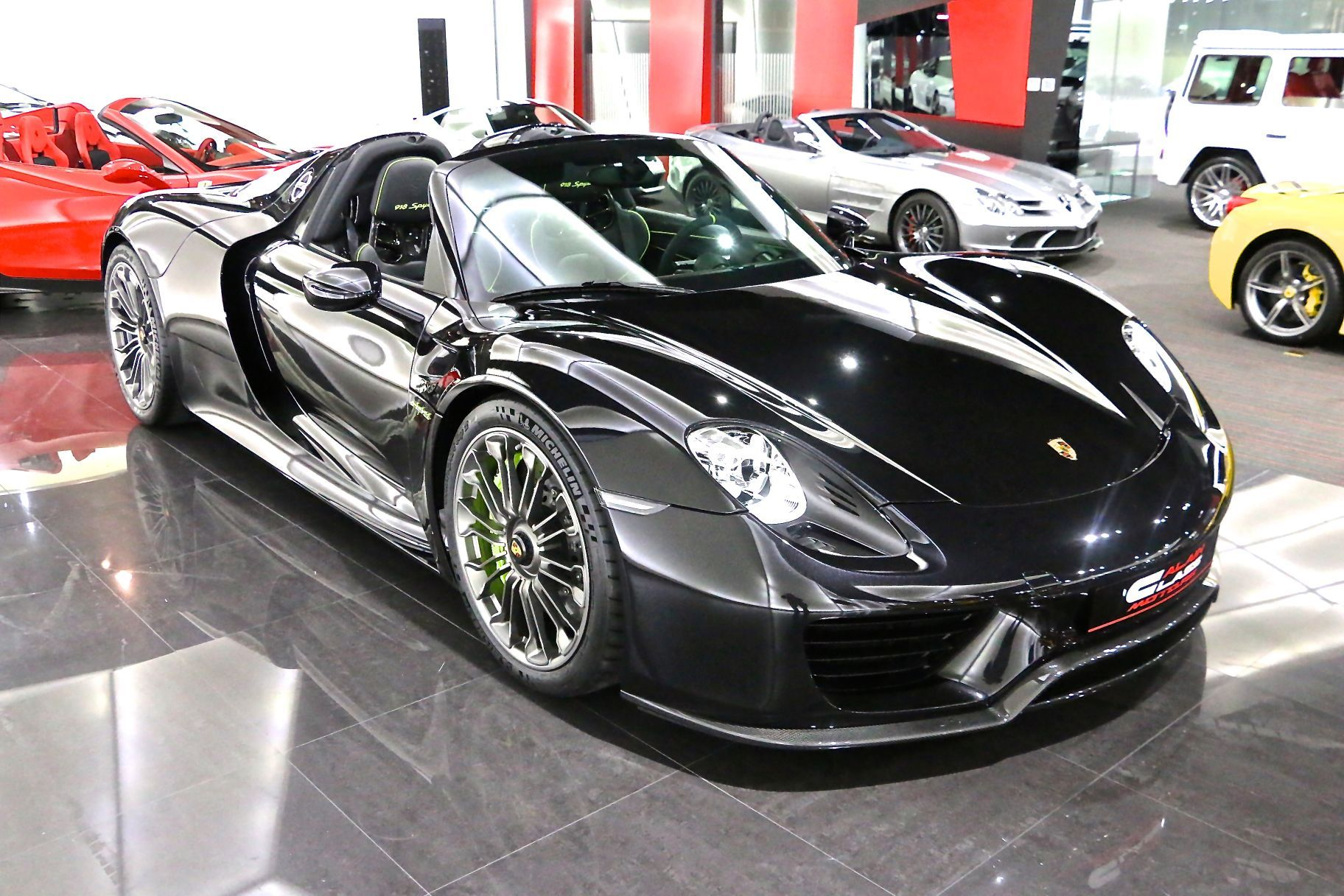 beautiful black porsche 918 spyder for sale gtspirit. Black Bedroom Furniture Sets. Home Design Ideas