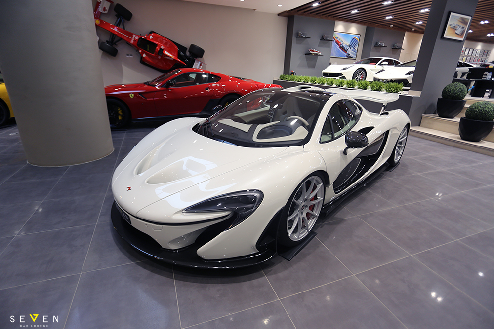 eye catching white mclaren p1 for sale gtspirit. Black Bedroom Furniture Sets. Home Design Ideas