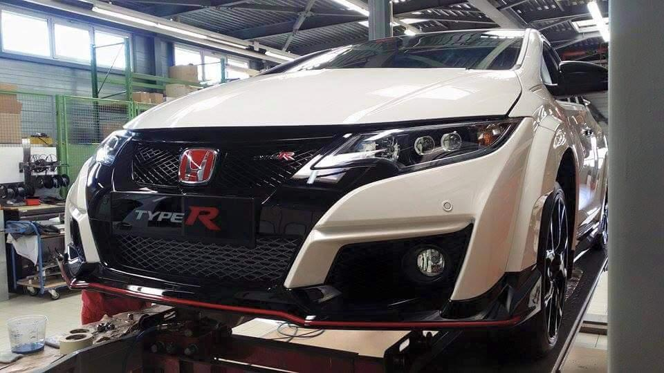 production 2015 honda civic type r snapped undisguised. Black Bedroom Furniture Sets. Home Design Ideas