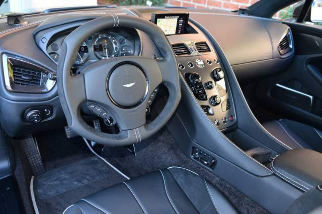 Aston Martin Vanquish Carbon Black Edition For Sale in Beverly Hills