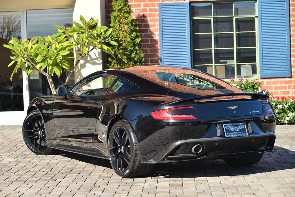 new aston martin vanquish carbon black edition for sale gtspirit. Black Bedroom Furniture Sets. Home Design Ideas