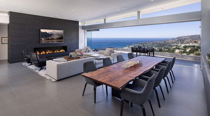 California Dream Home with Mesmerizing Views of Laguna Beach