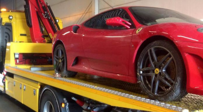 Ferrari F430 Crashes into Lake in The Netherlands