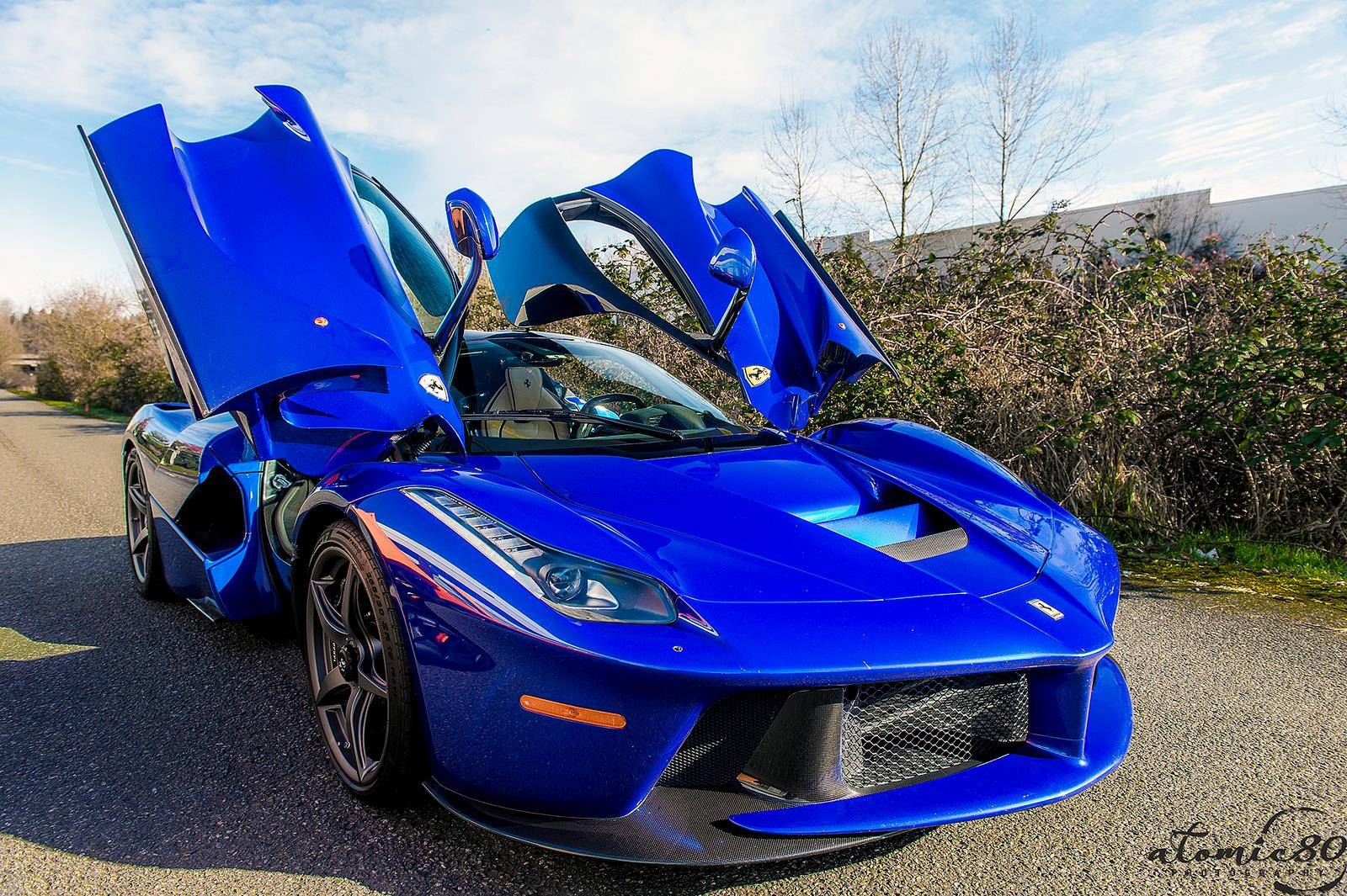 Stunning Blue Ferrari LaFerrari in Washington!   GTspirit
