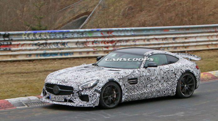 Mercedes-AMG-GT-Black-Series-2