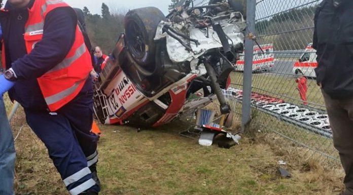 Nissan_GTR_crash_2