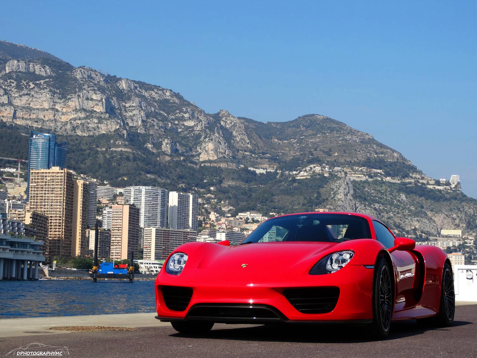 stunning red porsche 918 spyder photoshoot in monaco. Black Bedroom Furniture Sets. Home Design Ideas