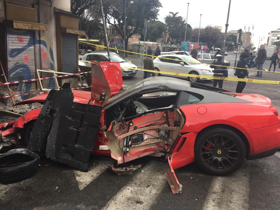 Valet Wrecks Ferrari Gtb In Rome Gtspirit