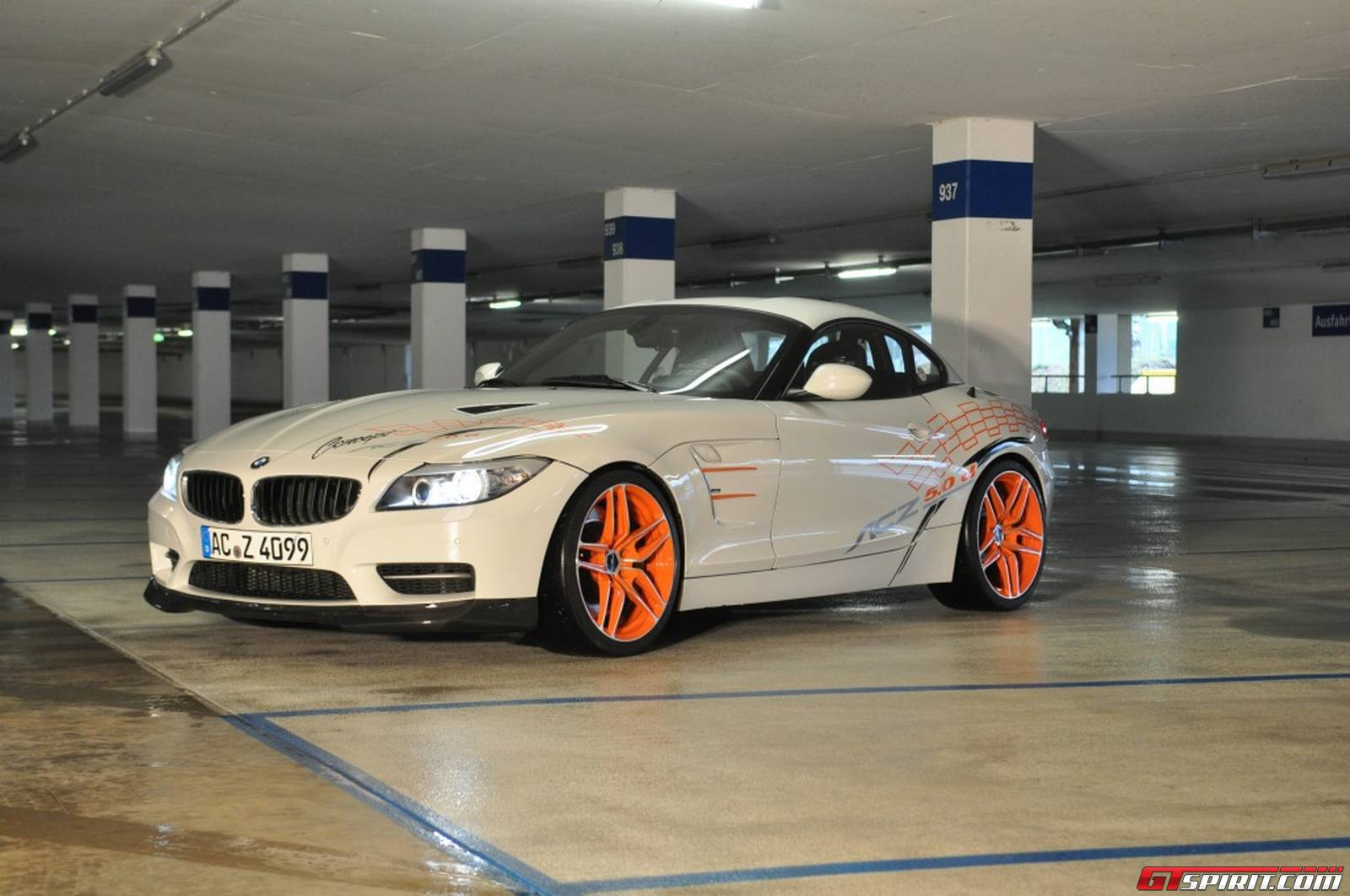 ac schnitzer creates bmw z4 diesel with m50d engine gtspirit. Black Bedroom Furniture Sets. Home Design Ideas