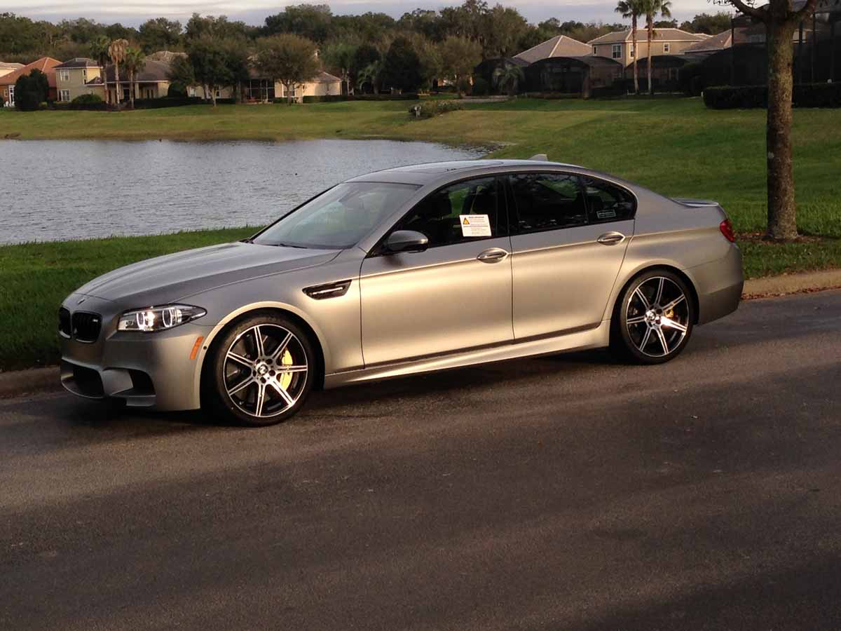 bmw m5 30 jahre for sale at 325k gtspirit. Black Bedroom Furniture Sets. Home Design Ideas