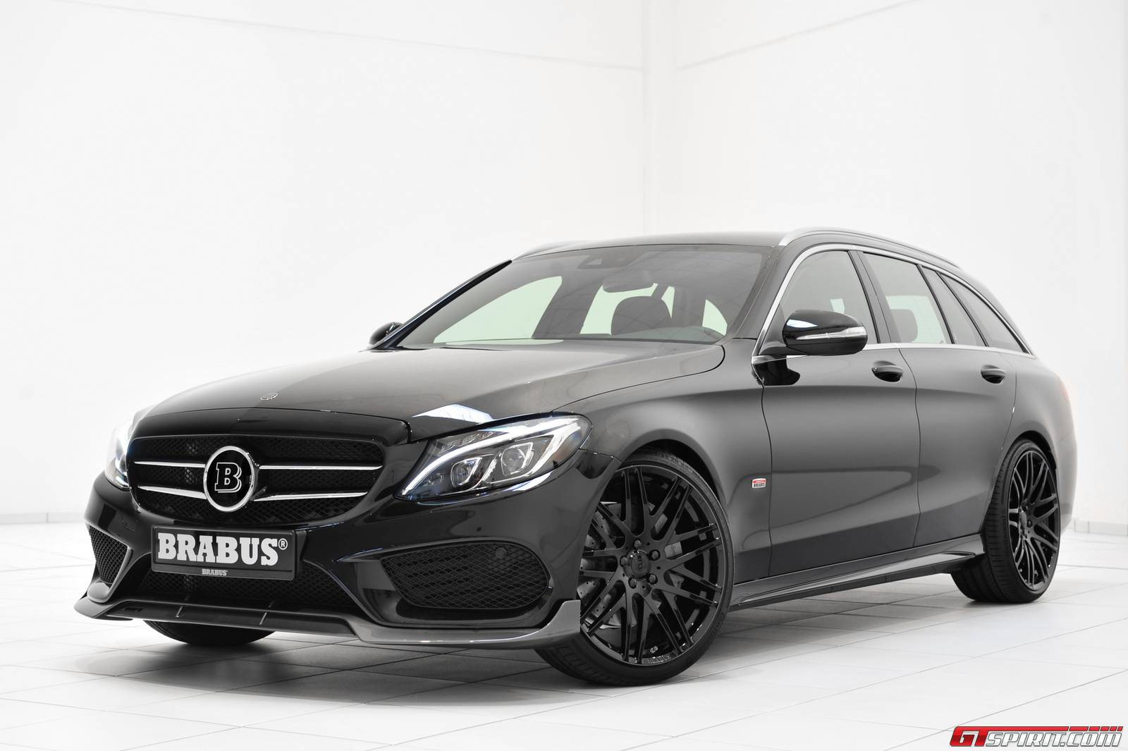 official brabus mercedes benz c class estate gtspirit. Black Bedroom Furniture Sets. Home Design Ideas