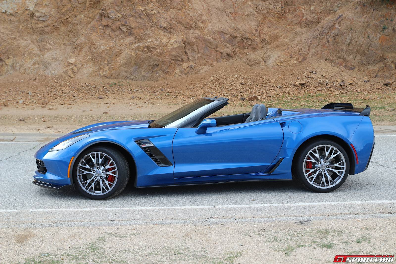2015 chevrolet corvette z06 convertible review gtspirit. Black Bedroom Furniture Sets. Home Design Ideas