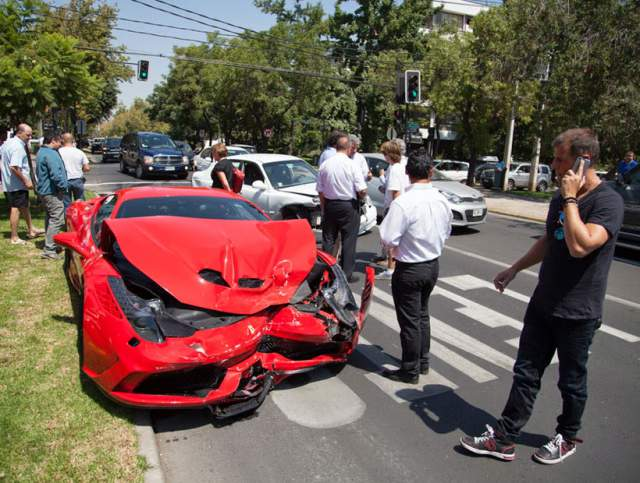 ferrari-458-speciale-crash-chile-2