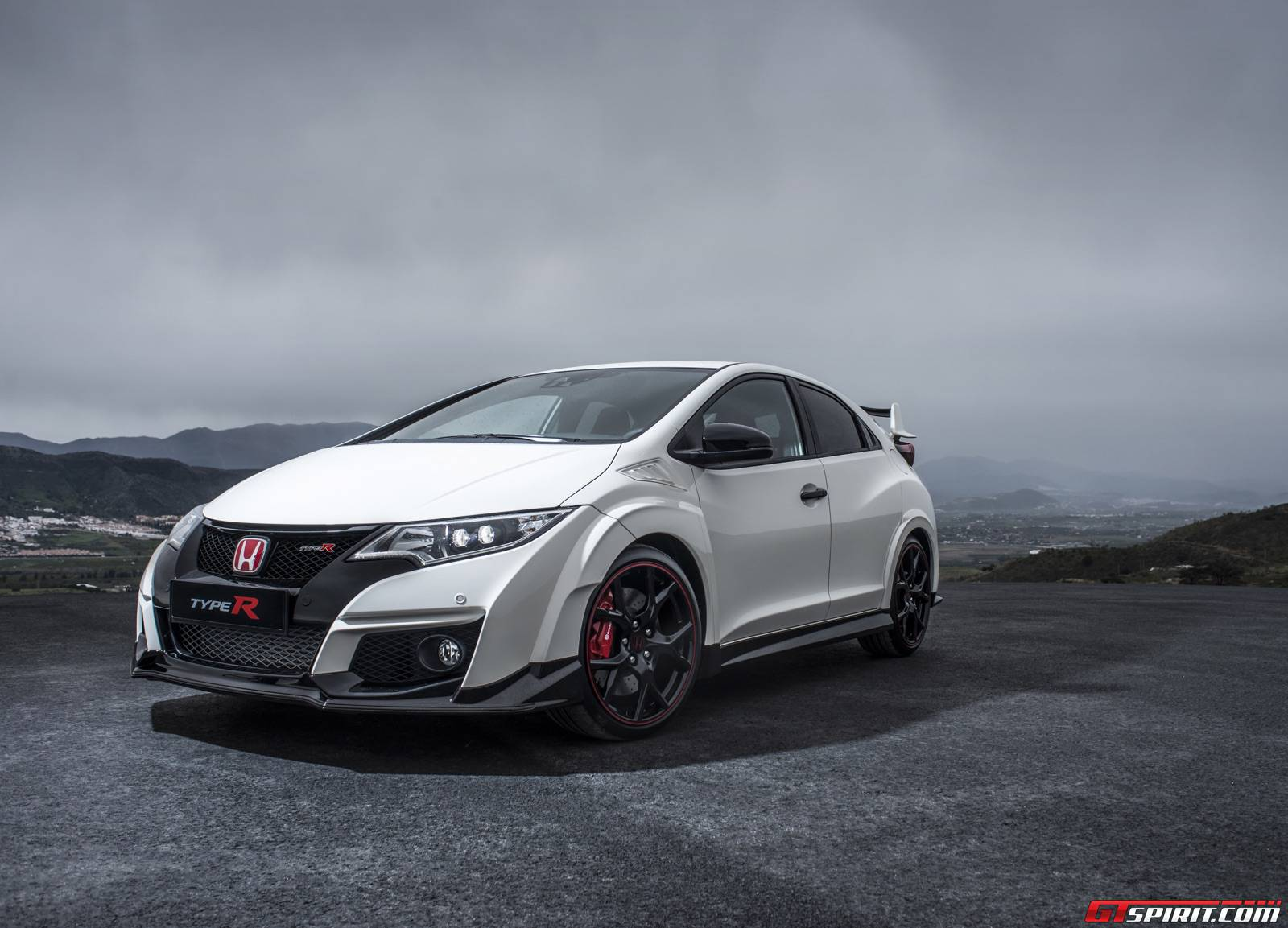 official 2015 honda civic type r gtspirit. Black Bedroom Furniture Sets. Home Design Ideas
