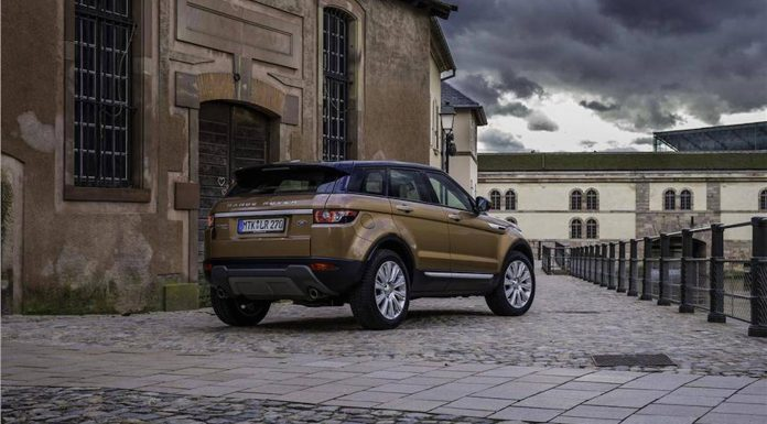 range rover evoque side view