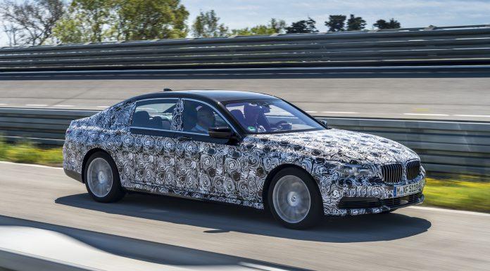 2016-BMW-7-Series-28