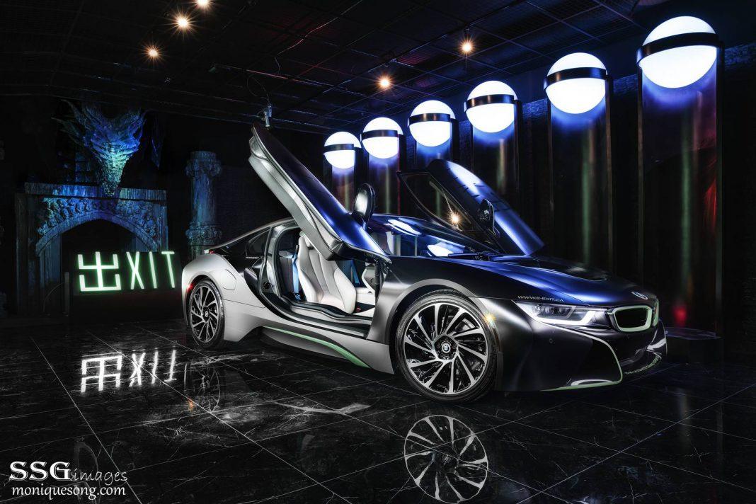 BMW i8 doors up