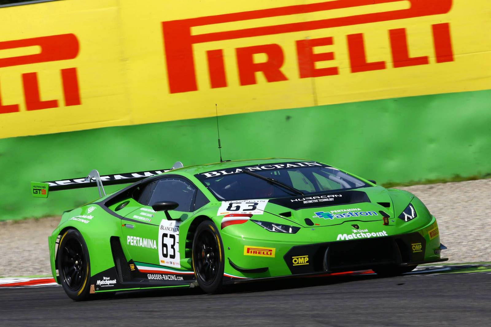 blancpain gt lamborghini huracan gt3 wins race debut at monza gtspirit. Black Bedroom Furniture Sets. Home Design Ideas