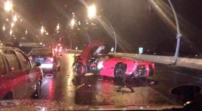 Ferrari LaFerrari Crashed in Shanghai