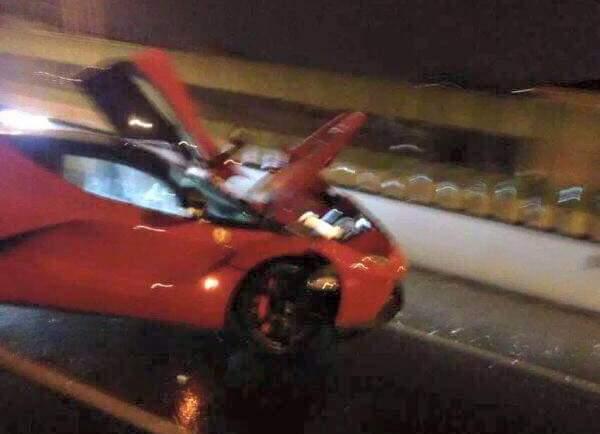 Ferrari LaFerrari front damage crash
