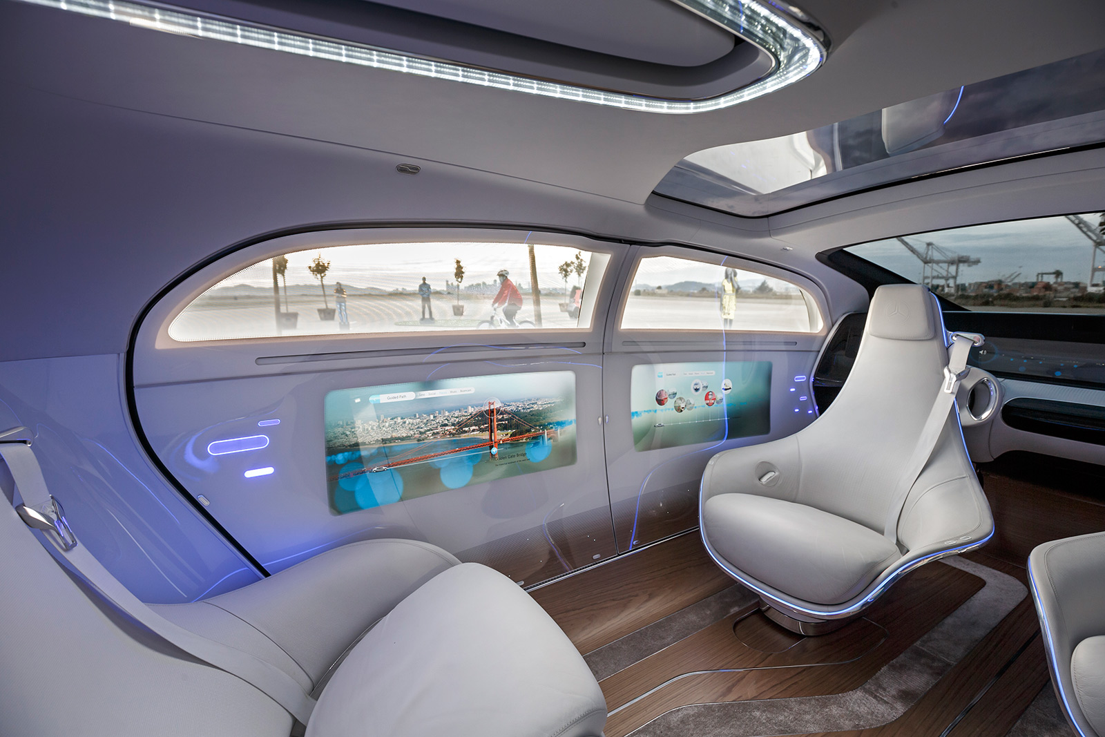 First drive mercedes benz f015 concept for Future interieur