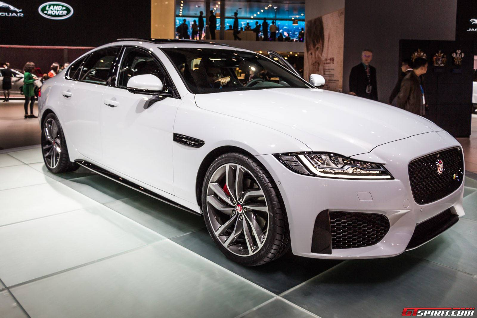 shanghai 2015 jaguar xf gtspirit. Black Bedroom Furniture Sets. Home Design Ideas
