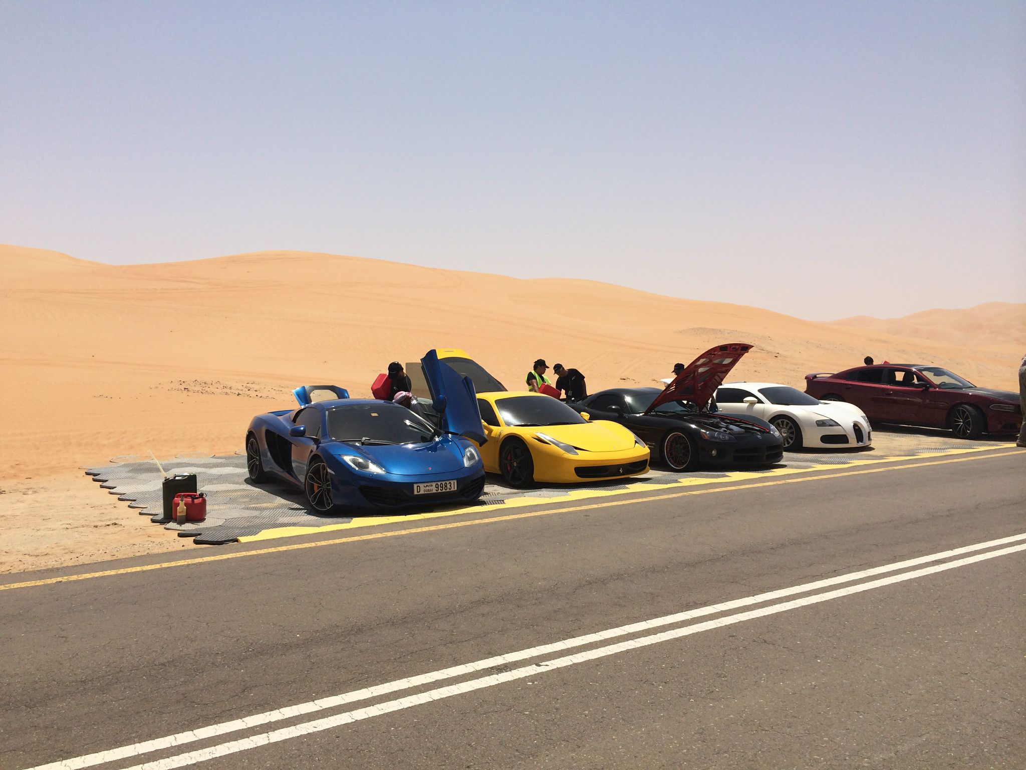 Supercars in the desert Fast and Furious 7