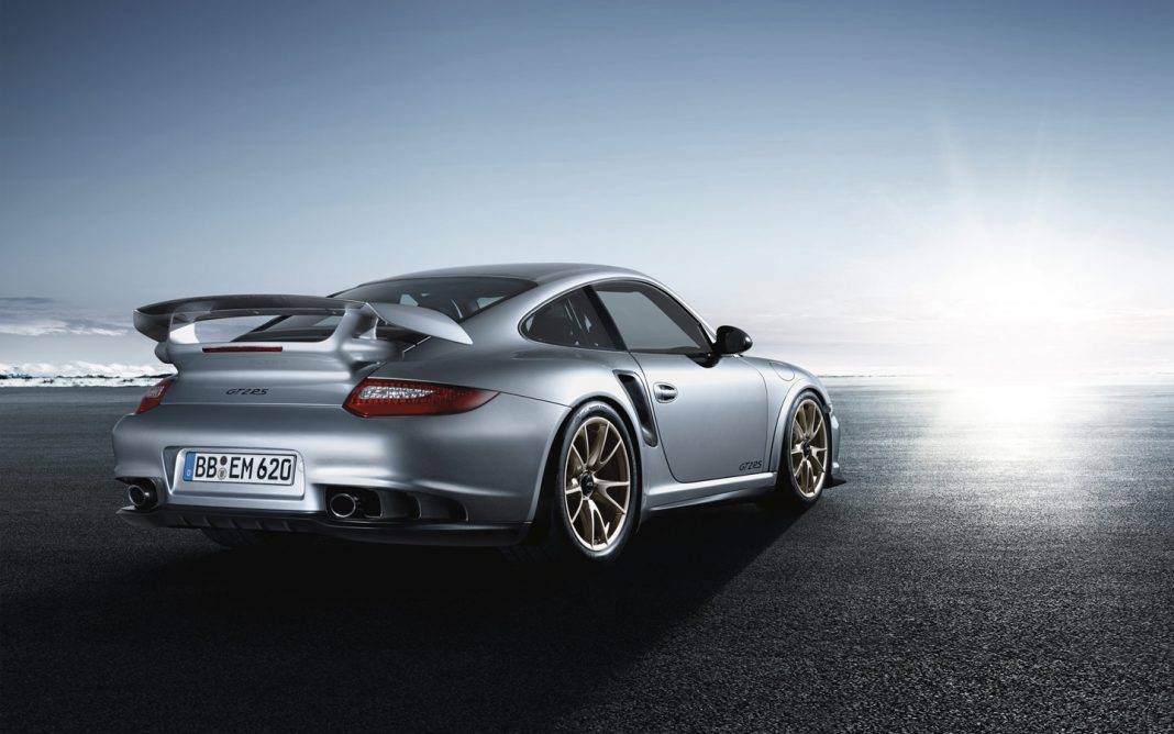 new porsche 911 gt2 rs confirmed in facelifted guise gtspirit. Black Bedroom Furniture Sets. Home Design Ideas