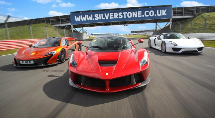 Video: McLaren P1, LaFerrari and Porsche 918 Spyder at Silverstone