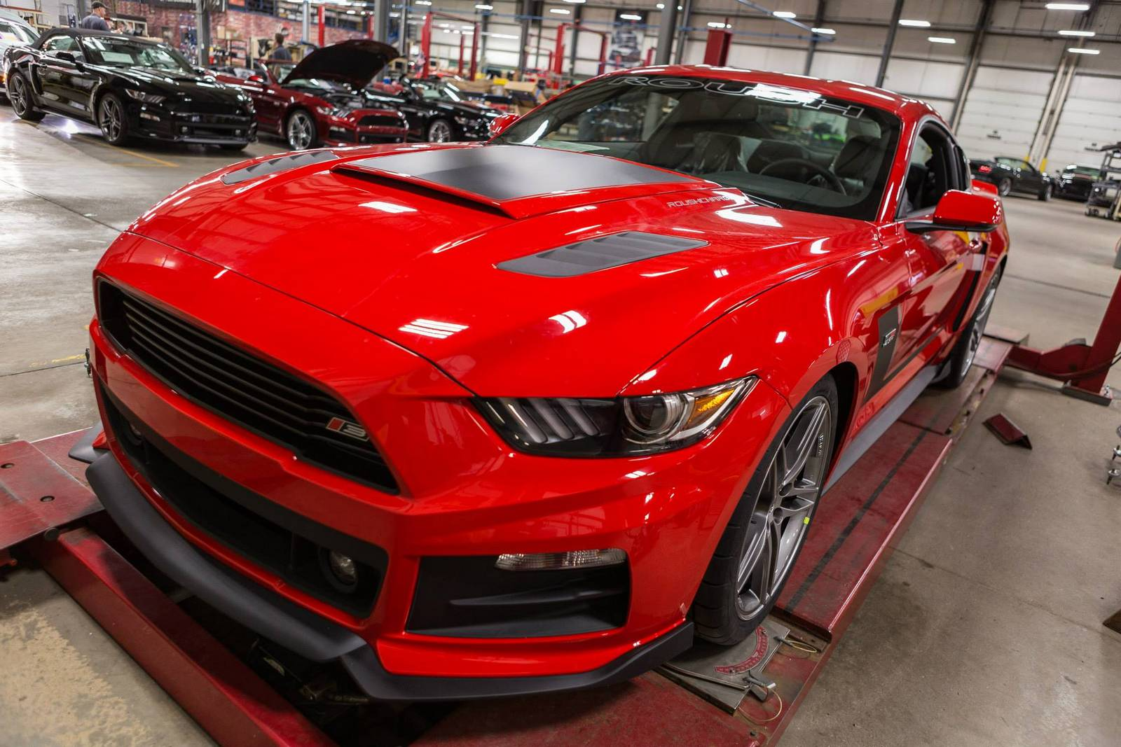 2015 roush stage 3 mustang production kicks off gtspirit. Black Bedroom Furniture Sets. Home Design Ideas