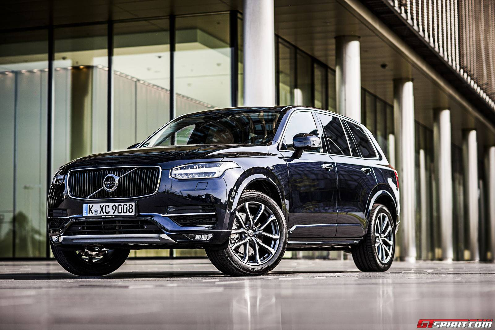 The Top Of Range Luxury Suv Is A Completely New Development And Comes With Three Diffe Engine Variants We Drove 2016 Volvo Xc90