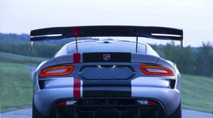 2016 Dodge Viper ACR rear