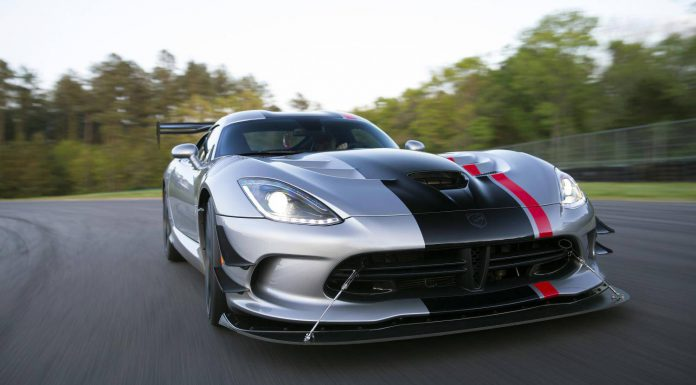 Official: 2016 Dodge Viper ACR