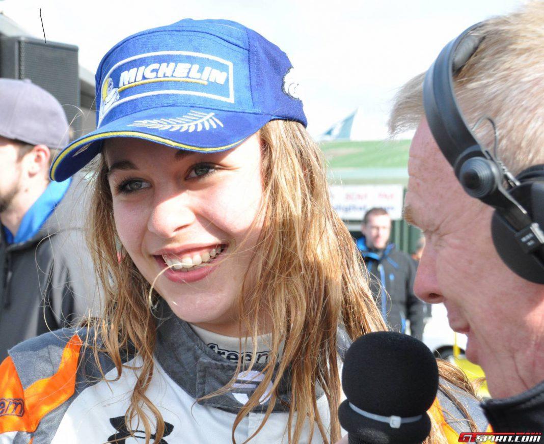 Sophia Floersch double Ginnetta Junior winner at 2015 Thruxton