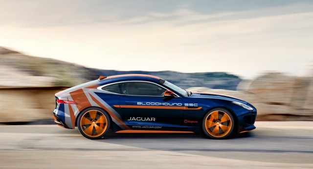 Jaguar F-Type R Coupe Bloodhound SSC
