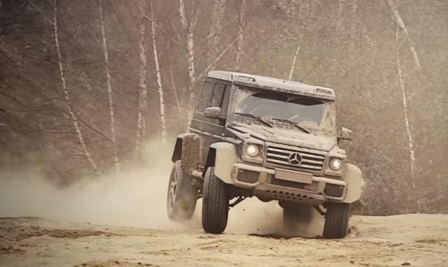 Mercedes-Benz 4x4² vs Ford Raptor