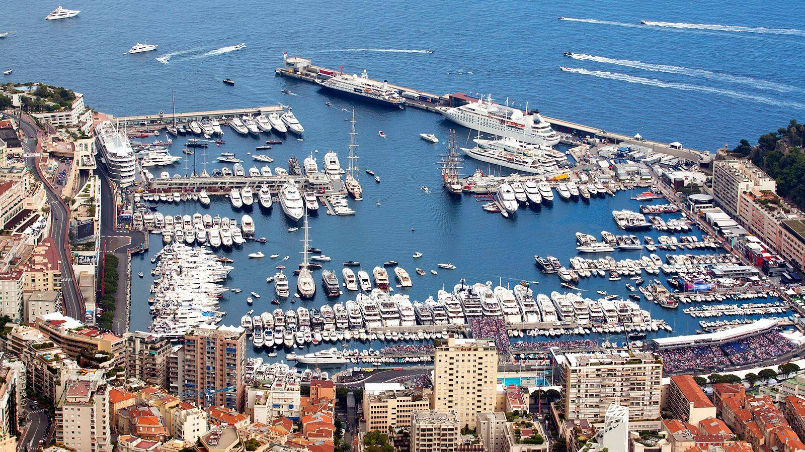 photo of the day superyacht 39 parking lot 39 at monaco gp. Black Bedroom Furniture Sets. Home Design Ideas