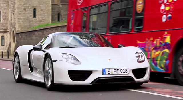 Porsche 918 Spyder Facebook fan road trip