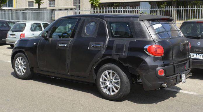 Alfa Romeo SUV spy shots rear